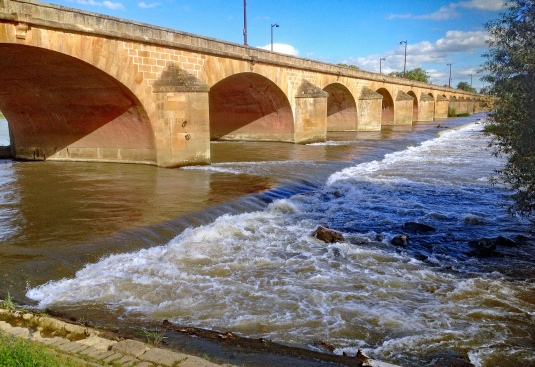 Le passage du pont de Nevers Rév 2018 réduit